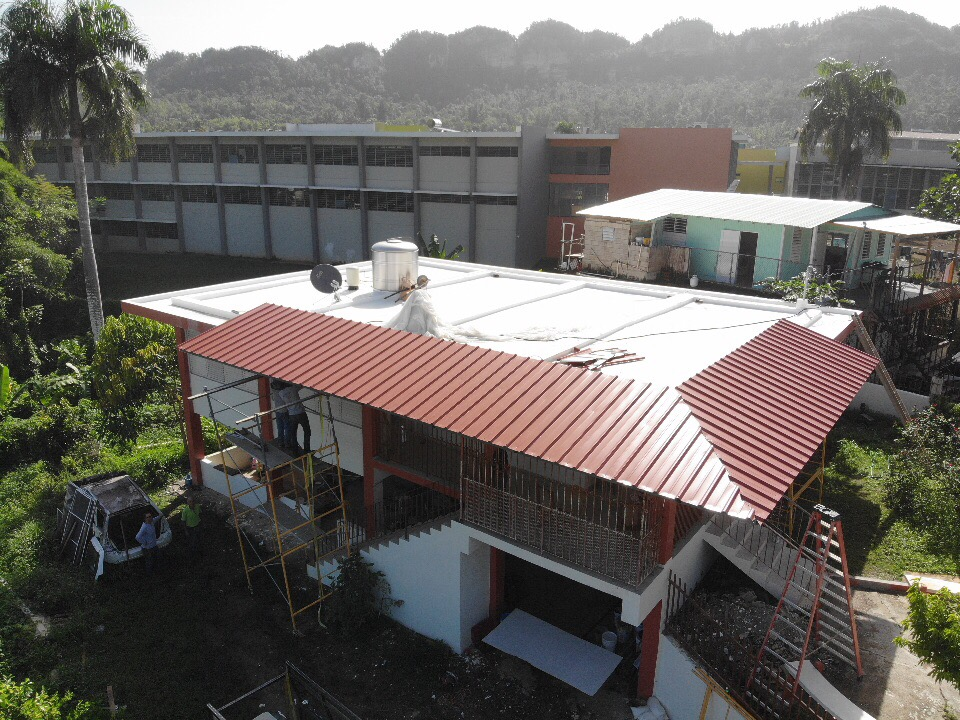 House-with-metal-roof